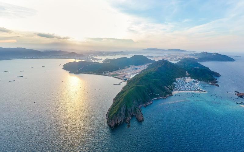 Tập đoàn Hưng Thịnh, nhà phát triển của Hai Giang Merry Land Quy Nhơn, khu phức hợp du lịch lớn nhất ở tỉnh Bình Định, đã bác bỏ thông tin SJM Holdings Limited đang đề xuất tham gia vào dự án này.
